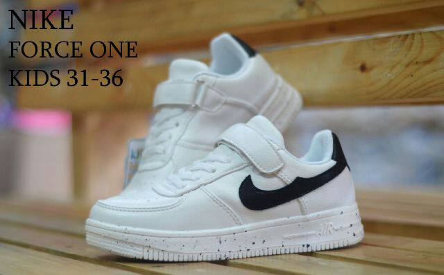 Nike Air Force One Kids White Black8
