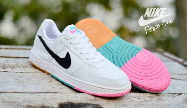 Sepatu Nike Force One Low Putih Hitam