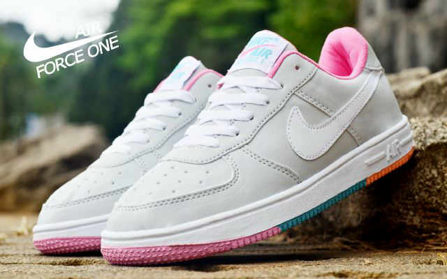 Sepatu Nike Force One Low Abu Putih