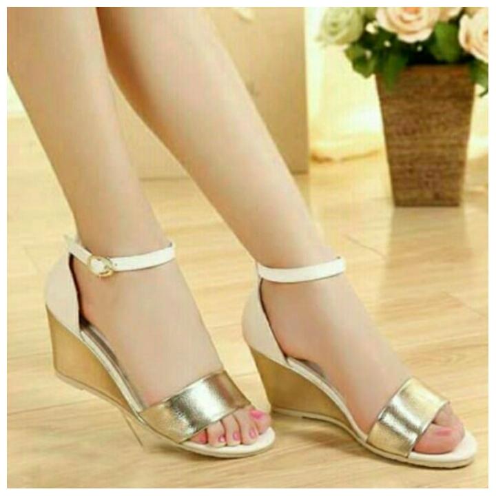 Sepatu Wanita Murah - Wedges Gelang Putih Strip Gold NFZ400