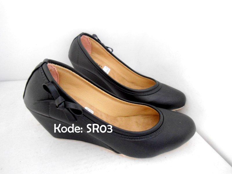 Sepatu Wedges Kerja Kantor Kulit Wanita Pantofel Black Diskon
