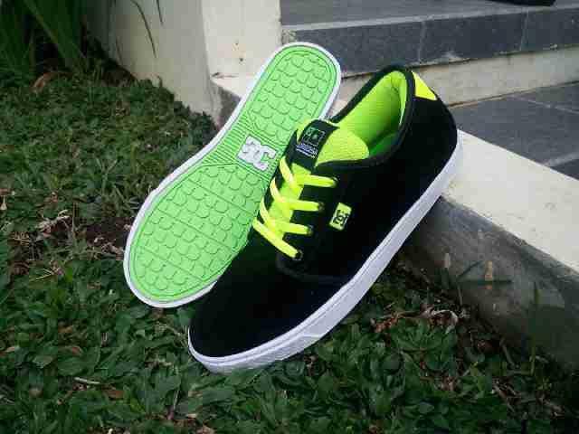 Murah HD-155 DC Studio Sepatu Sneakers Kets Pria4
