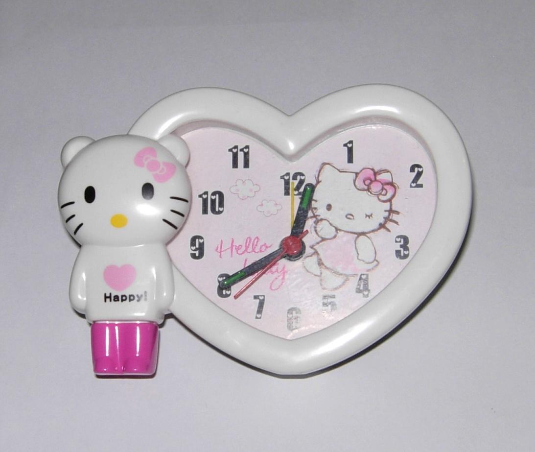 Jam Weker Cantik Bentuk Hati Jam Meja Hello Kitty Love Murah JWHK 40