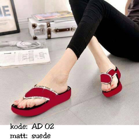 Sandal Wedges Wanita Jepit