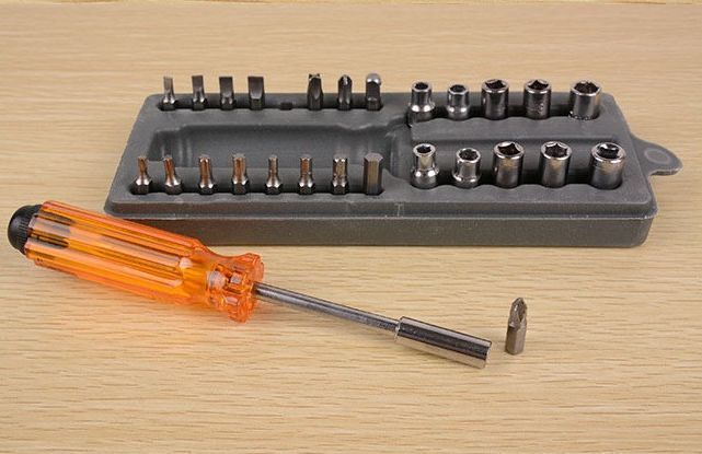 28 Pcs Precision Screwdriver Set Case / Obeng Set