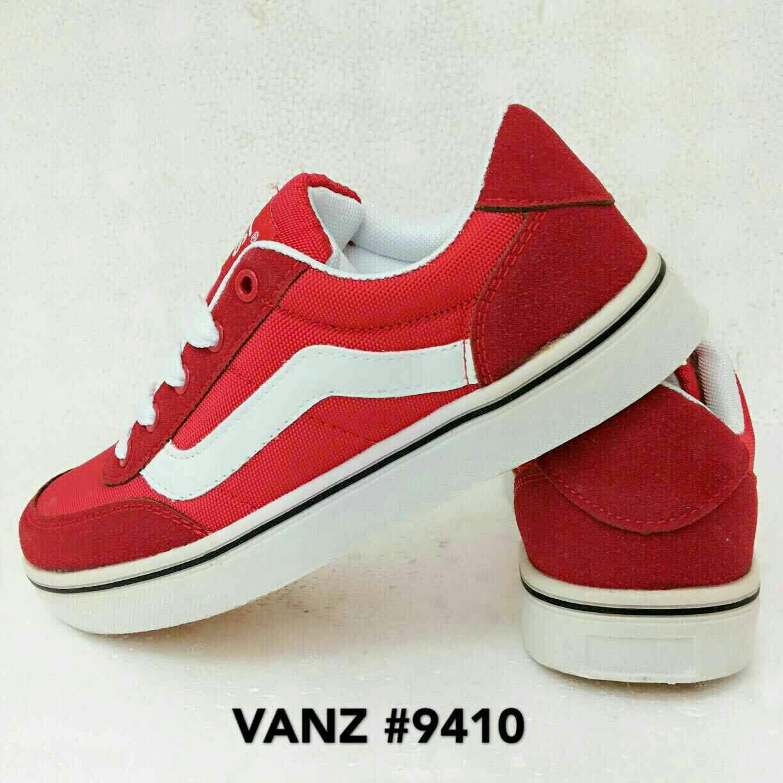 Sepatu Sport 328-1