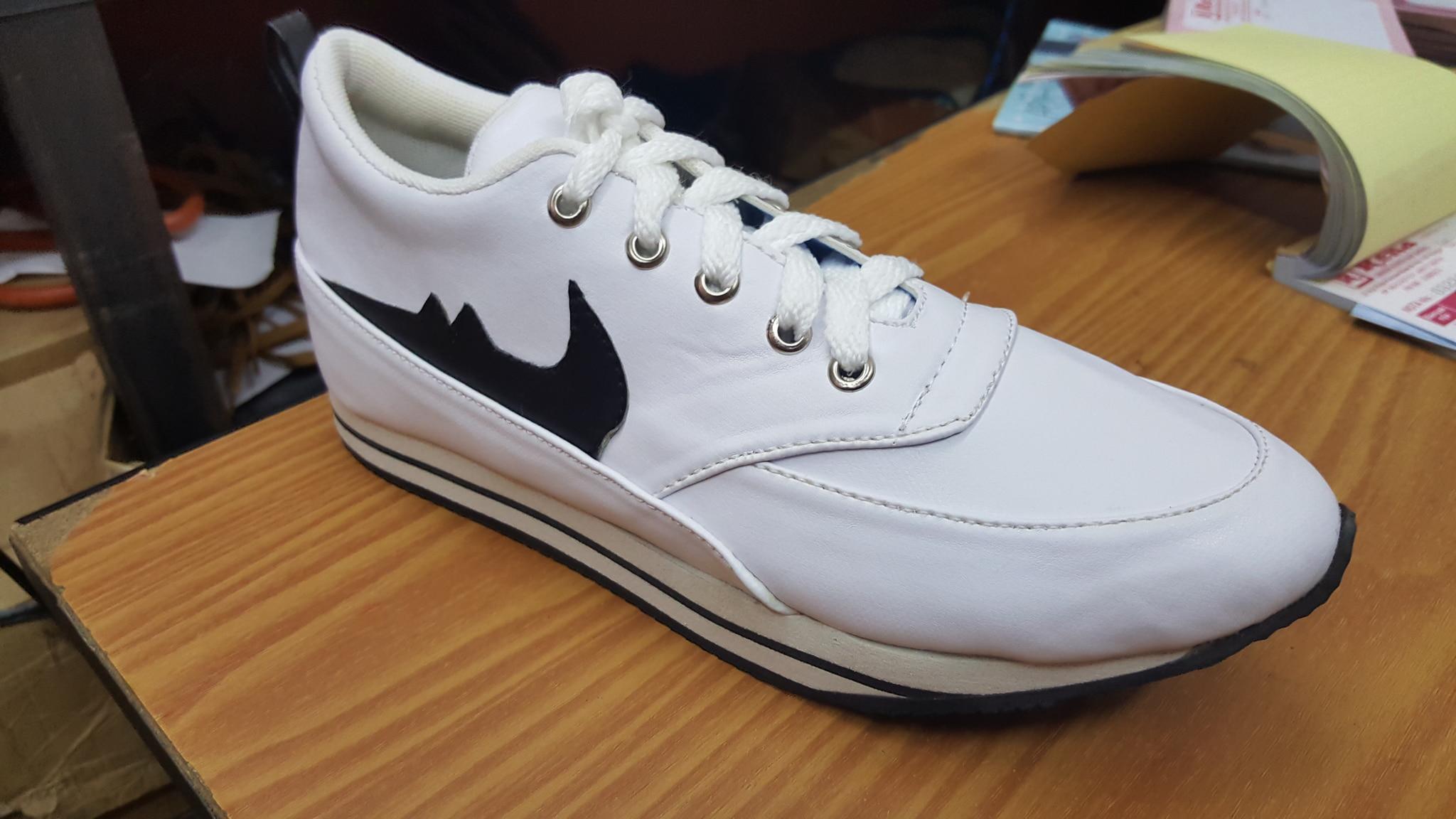 Replika Nike Sport - Putih