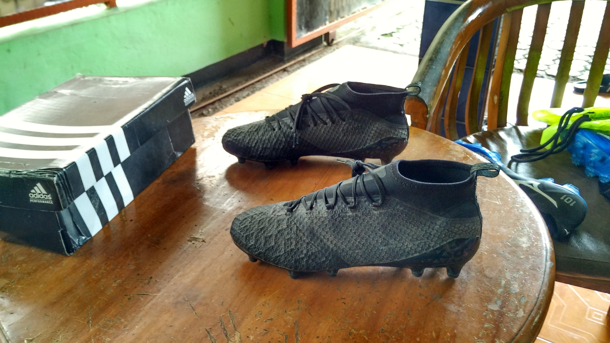 Jual Sepatu Bola Original Adidas Ace 17.1 PRIMEKNIT BLACKOUT ... 559c1e1094