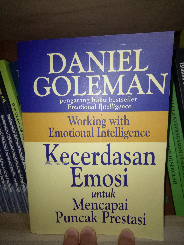 emotional intelligence daniel goleman epub download