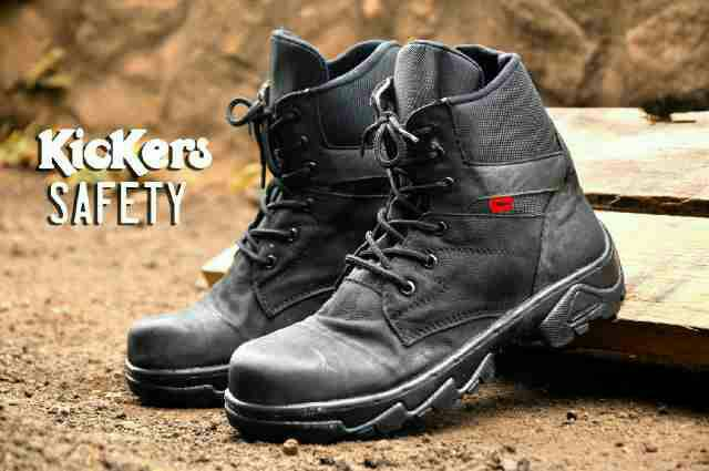 kickers safety kulit hitam