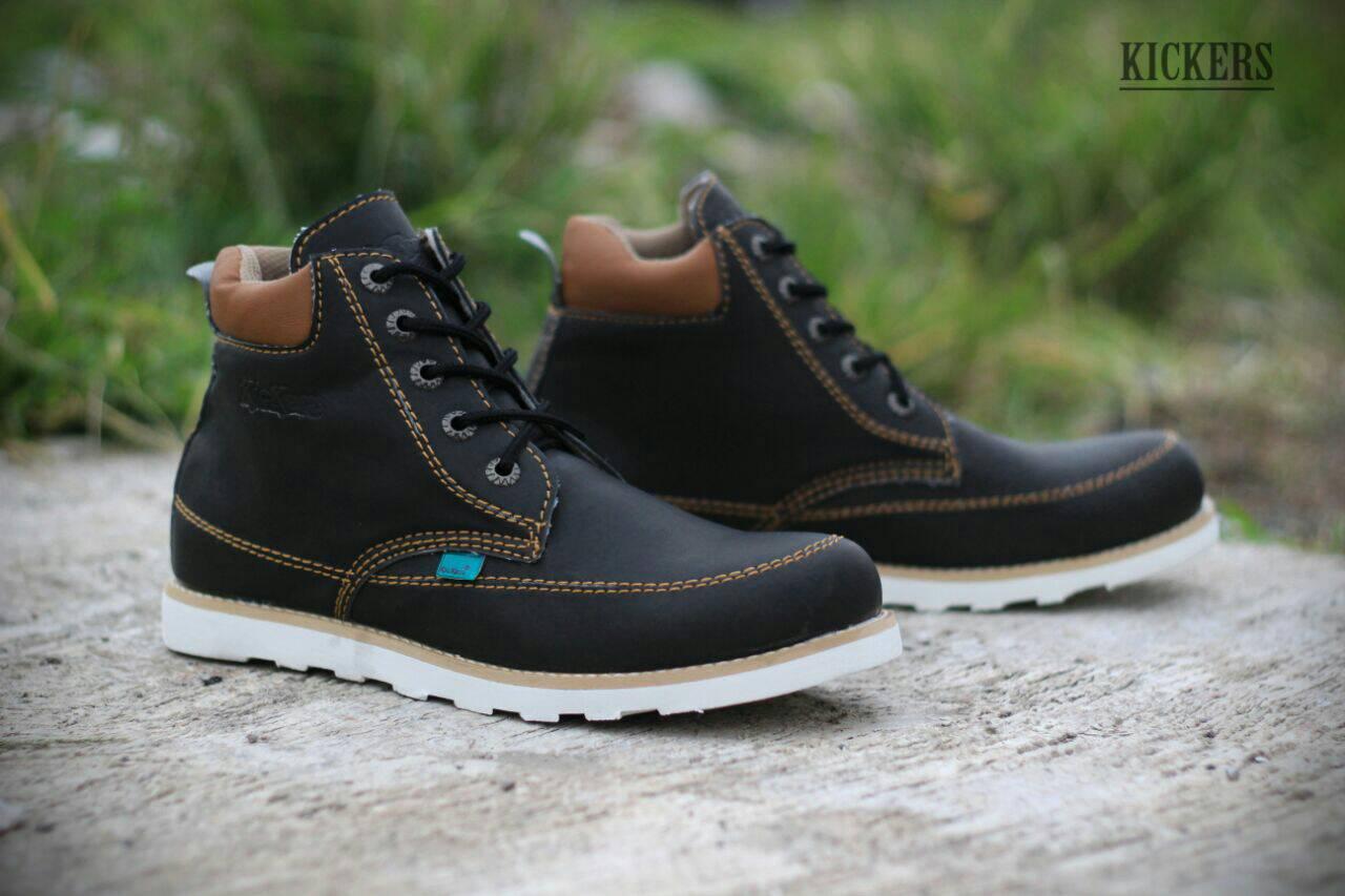 sepatu boot kickers seller black