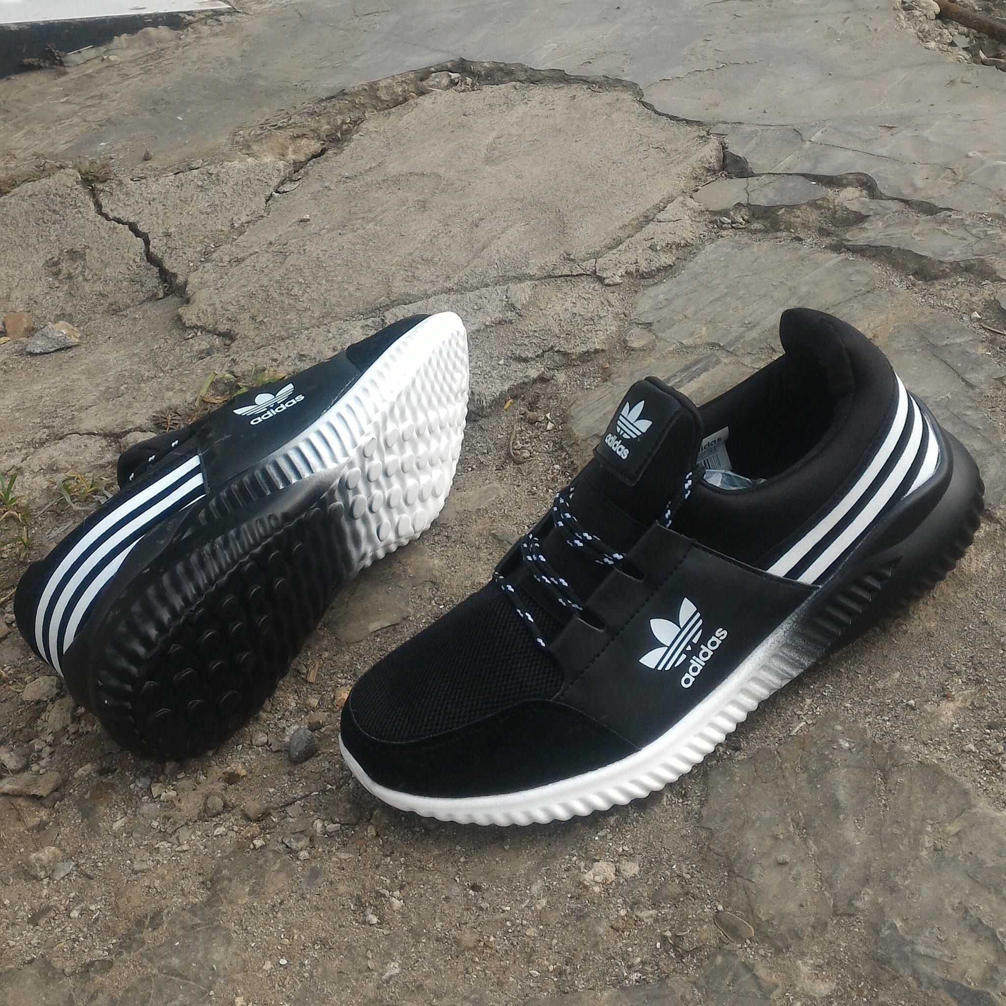 sepatu adidas running sport A5223 black new rilis