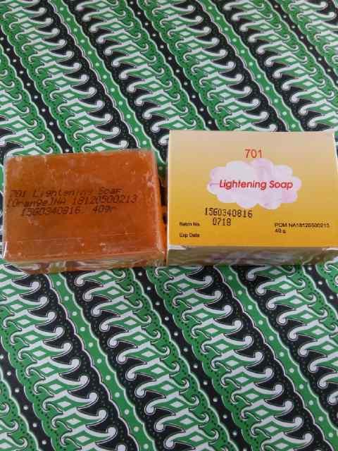 SABUN WALET BPOM / Sabun Papaya Lightening Transparant Soap