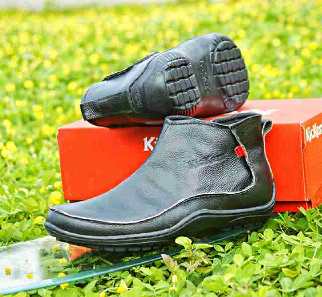 kickers zipper bahan kulit asli black