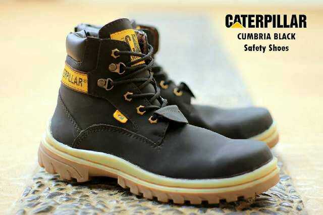 sepatu boot safety caterpillar cumbria hitam