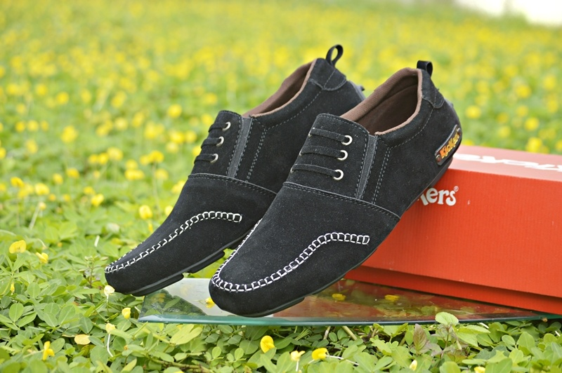 kickers ceo black suede