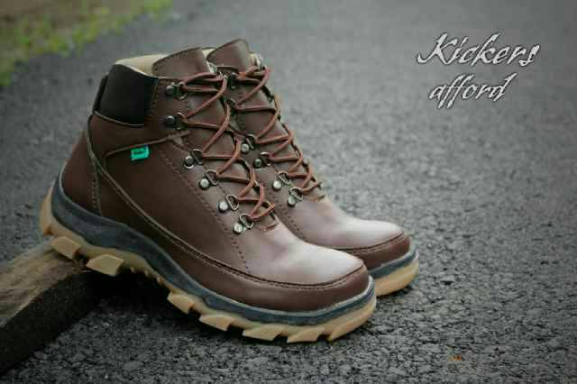sepatu boot kickers afford coklat
