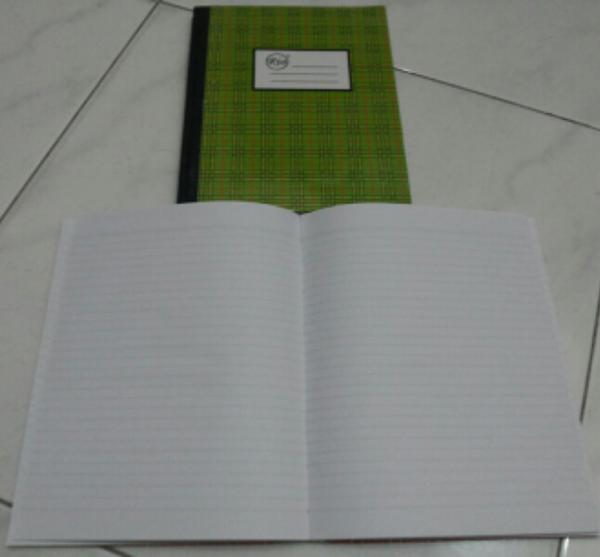 Buku Tulis Hard Cover Kwarto Ria 100 Lembar / Lbr / Kuarto