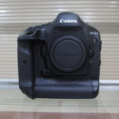 CANON EOS 1DX BODY ONLY - EX DS - LIKE NEW - SC 56 RIBU - FULL SET