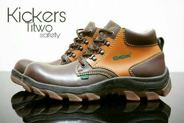 sepatu boot safety kickers titwo