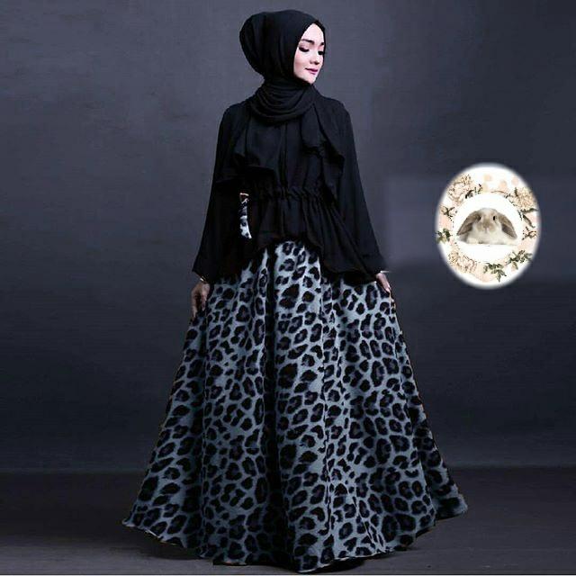 Hijab Evira Set black ( atasan +pashmina + Rok )