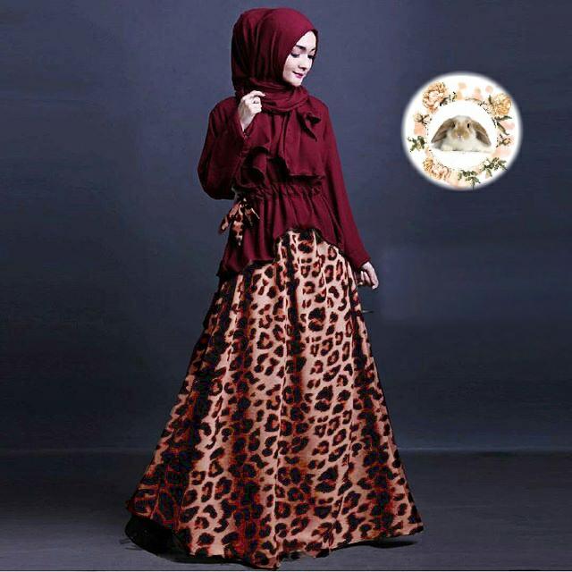 Hijab Evira Set Marun ( atasan +pashmina + Rok )