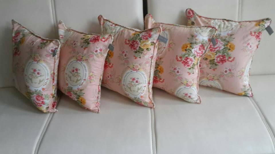 Jual sarung bantal set / sofa set - Martha Kamil Sprei ...