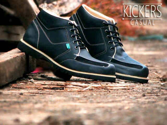 Jual Sepatu Kickers Middle Boots Full Hitam Murah
