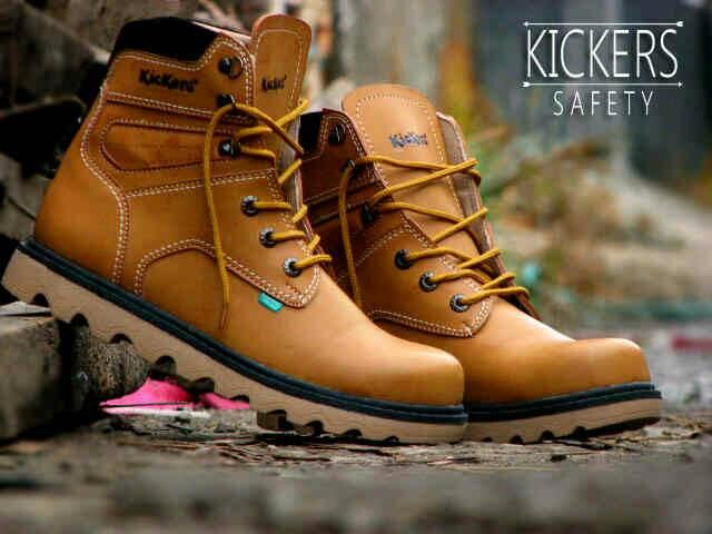 Jual Sepatu Boots Outdor Kickers Safety Kulit / Cowok Murah