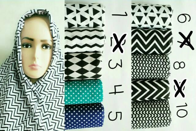 Hijab Segiempat Monochrome / kerudung Segiempat / zigzag / dll