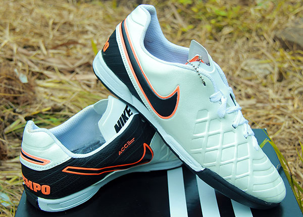 size 40 d2c8d ae28b norway sepatu futsal nike tiempo legend vi 4e30a bec2d