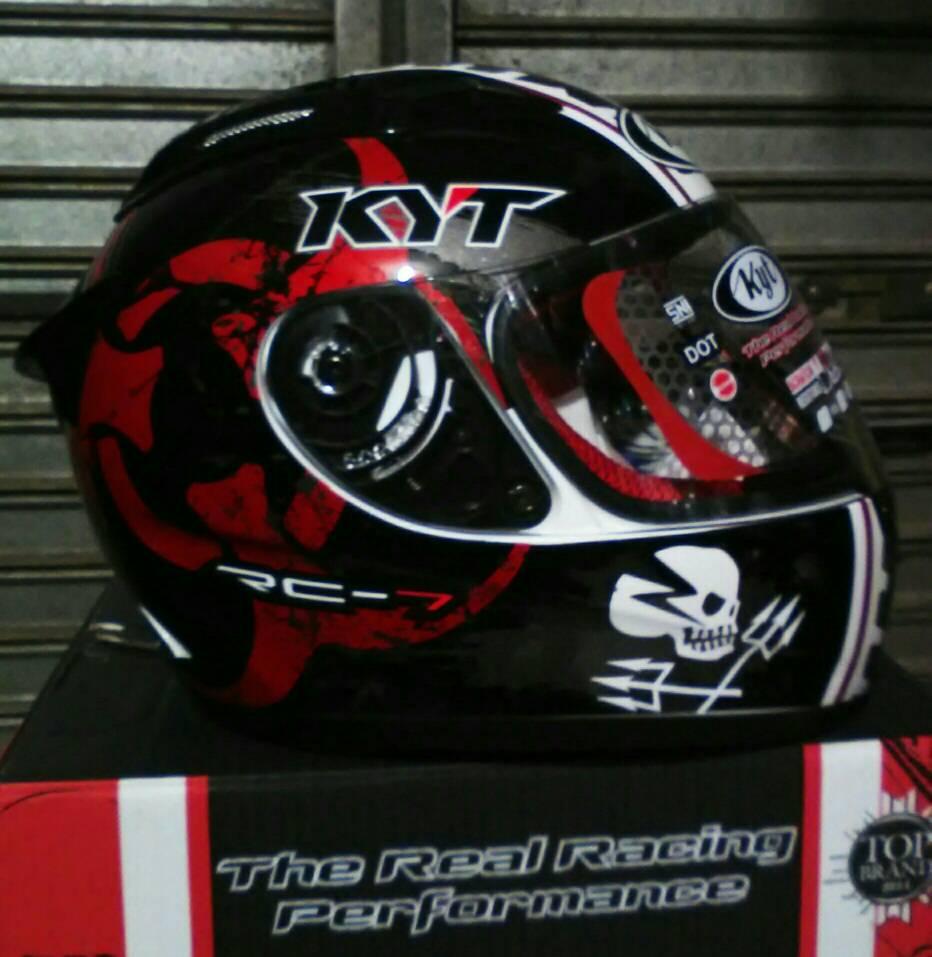 Helm KYT RC Seven RC 7 Black Red Full Face Fullface Motif Merah