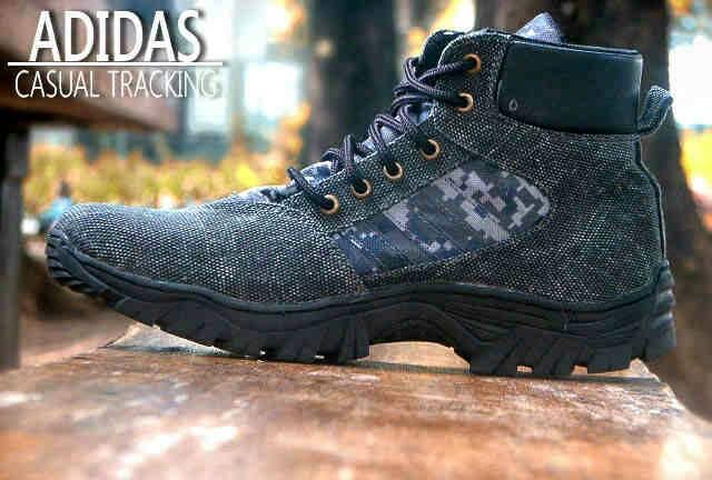 Jual Sepatu Boots Adidas Tracking Motif Komodo outdoor pria 1 Murah