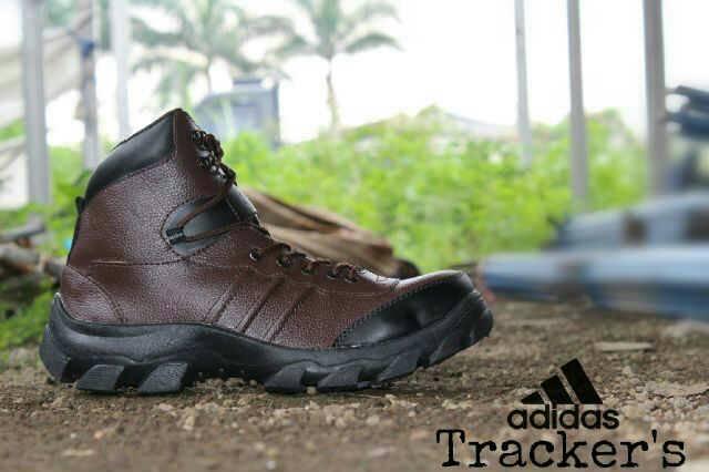 Jual Sepatu Boots Adidas Trackers Safety Kulit / ujung besi Murah
