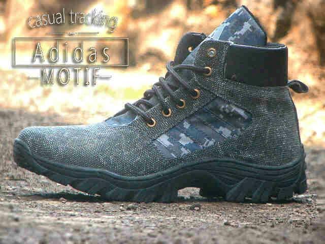 Jual Sepatu Boots Adidas Tracking Motif Komodo outdoor pria Murah