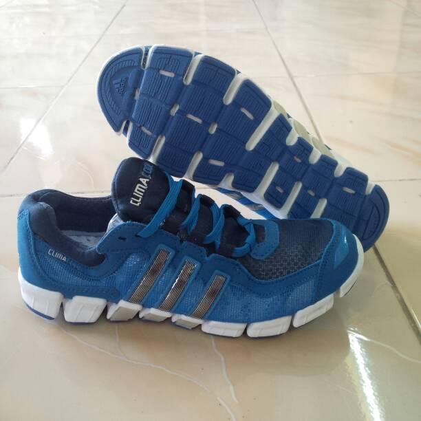 big sale c7933 44c08 Sepatu Lari Pria, Adidas ClimaCool Fresh Ride, Biru Putih.