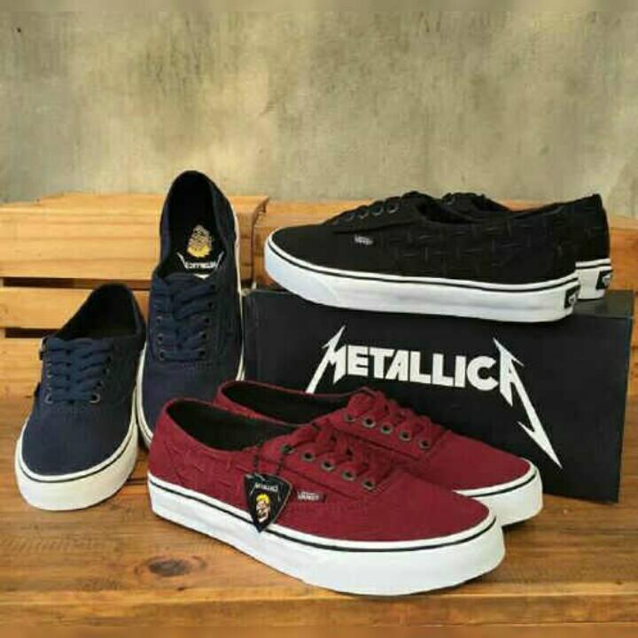 Jual Sepatu Vans Authentic Metallica Premium Import - GUDANG ... 532538948f
