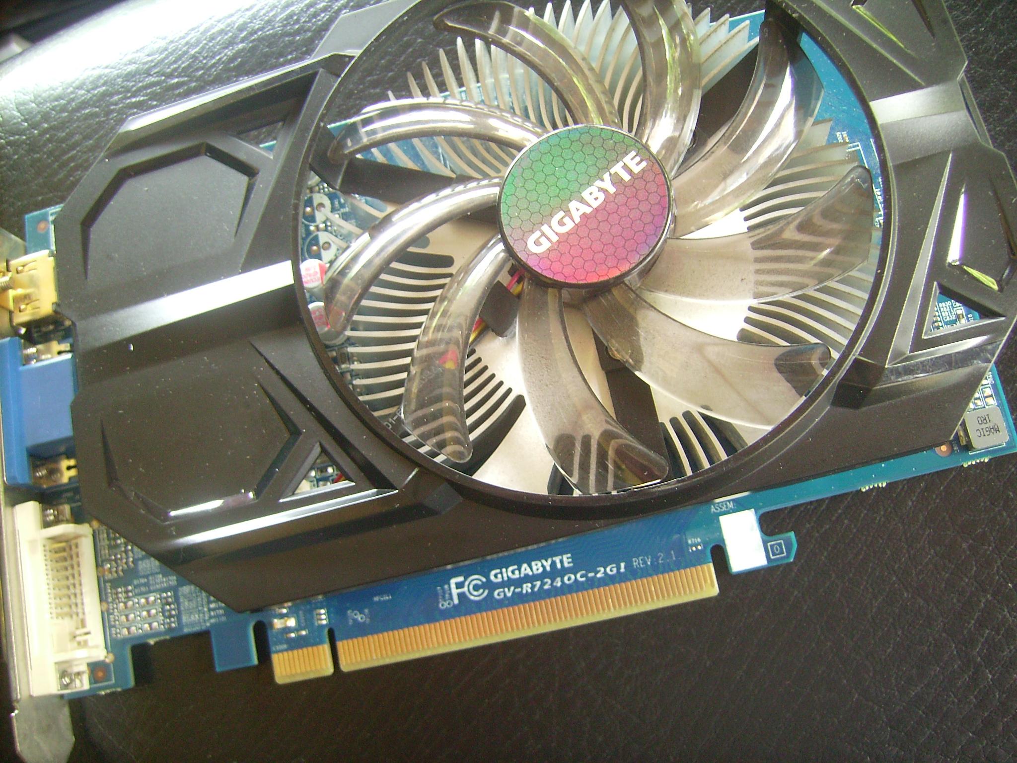 Jual Vga Gigabyte R7 240 2bg 128bit Oc Edition Mulus Jolo Online Radeon Gv R724oc 2gi 2gb Gddr3 Shop Di Tokopedia