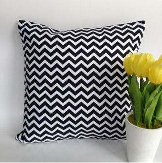 Sarung Bantal Sofa Cushion Cover Black Chevron