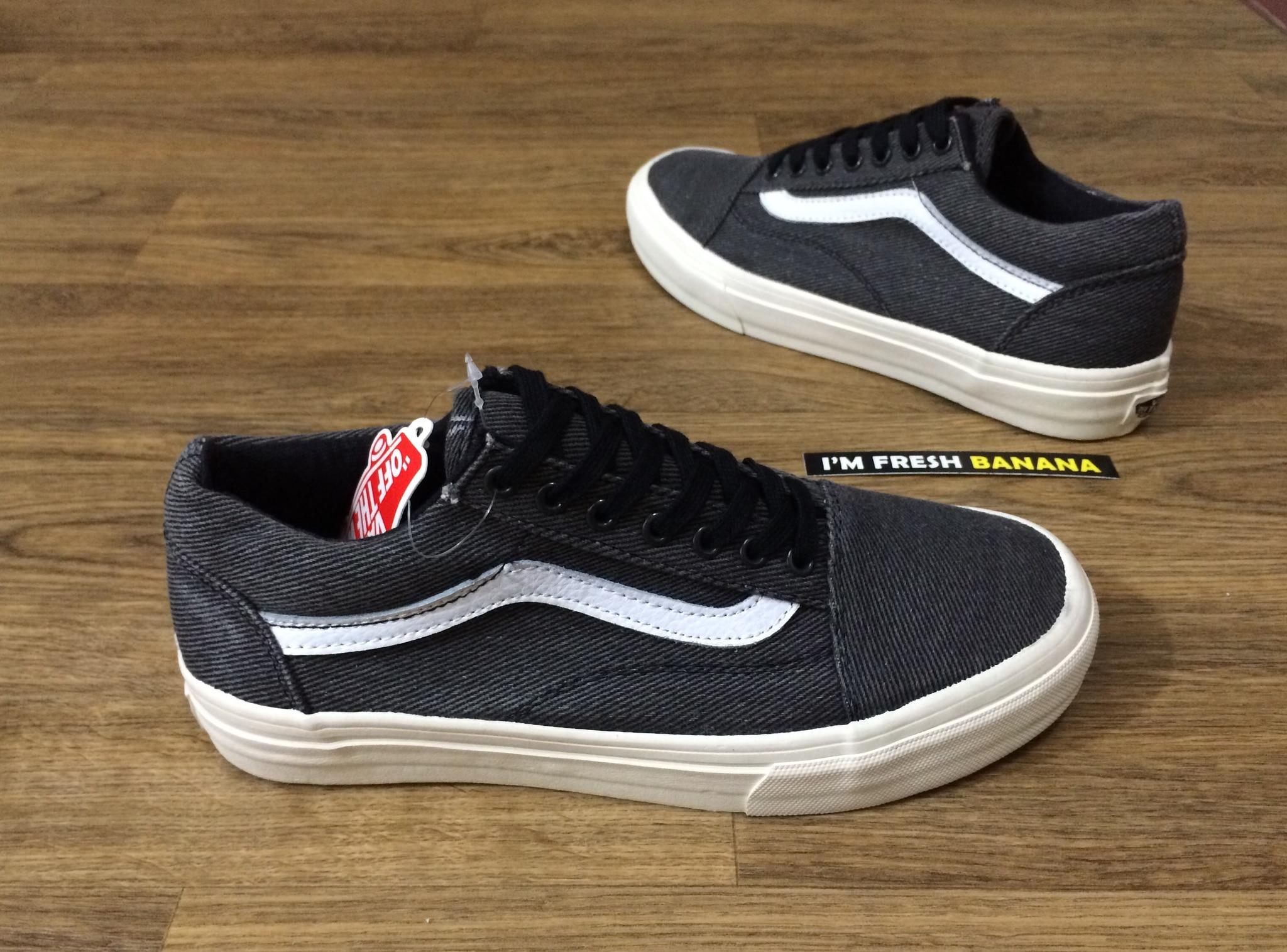 Jual Sepatu Vans Old Skool Mono Black White IFC Premium oldskool hitam - Fresh Banana   Tokopedia