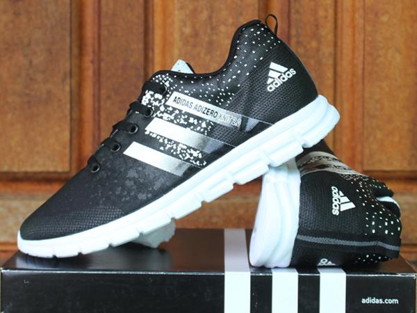 Jual sepatu running Adidas Adizero Knit 2.0 Hitam Putih (keren ... 914858384a