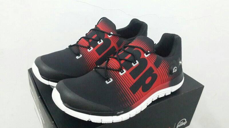 Jual Sepatu Reebok Pump Original size 43 - donysports  027c296c36