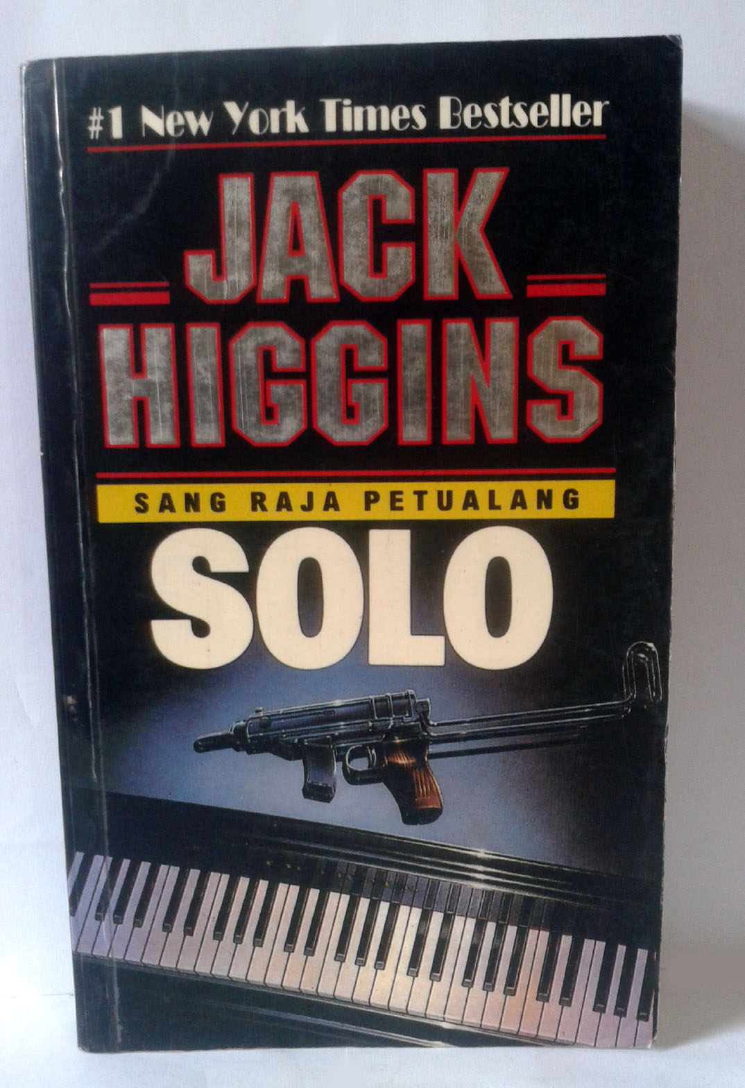 an analysis of solo a novel by jack higgins