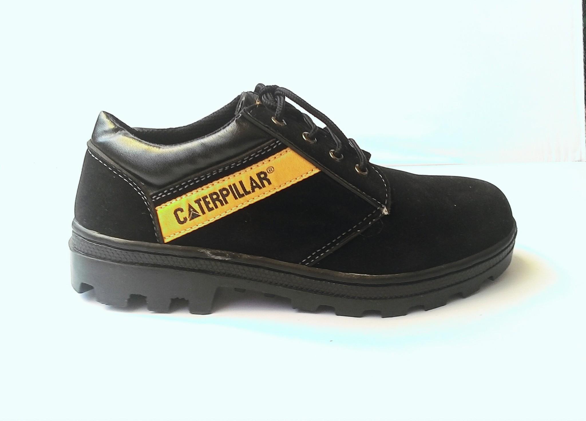 Jual Sepatu Boots Safety Caterpillar Low Warna Hitam Suede