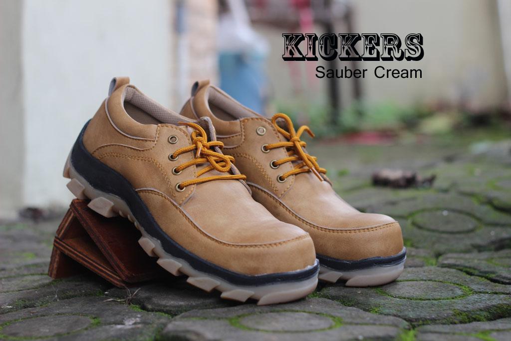 Sepatu Kickers Boots Safety Pendek Sauber Cream