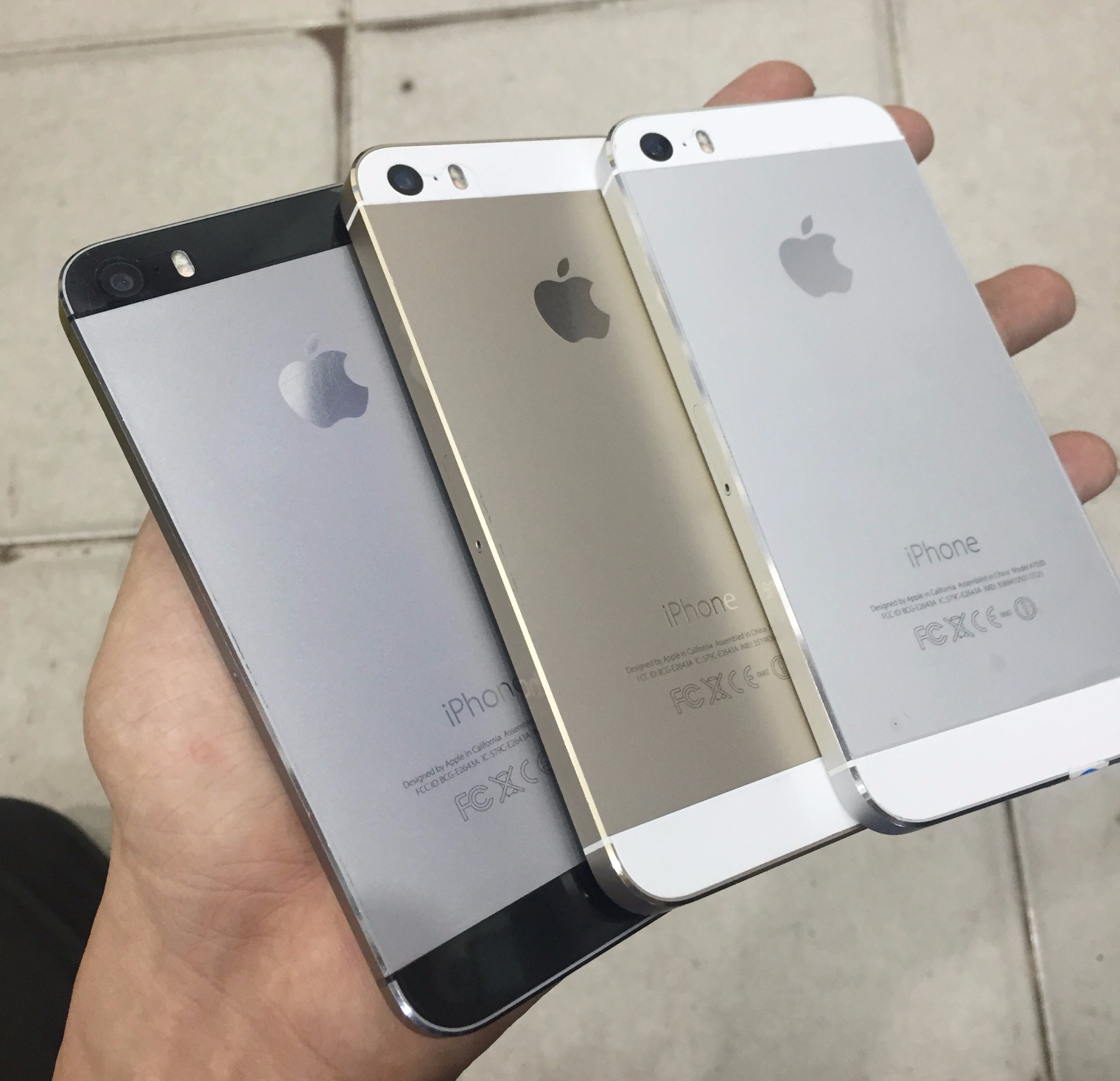 Iphone 5s Gold And Silver Jual 64gb