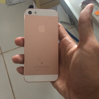 Iphone 5s 32gb Custom SE ROSEGOLD. Iphone 5s 32gb Custom SE ROSEGOLD. Indocustomcase Camera