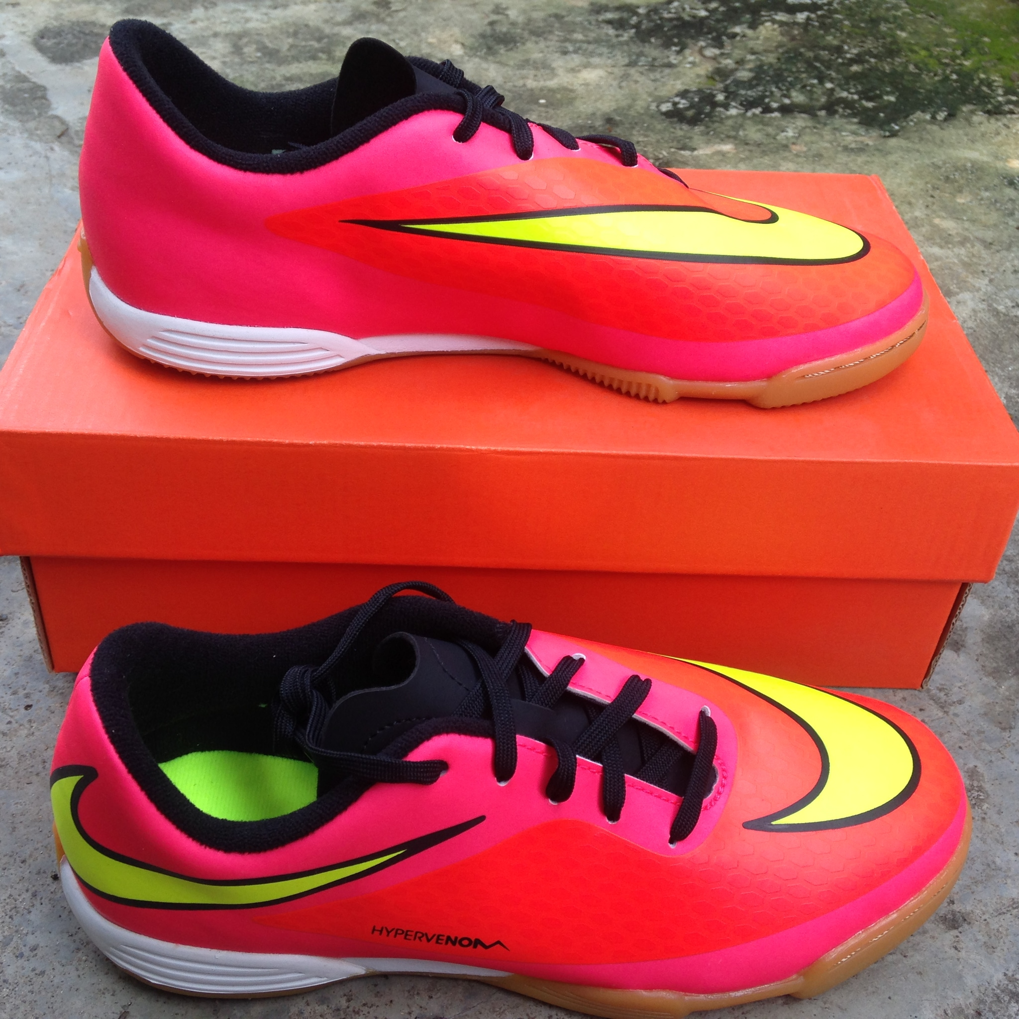 Terjual Sepatu Futsal & Kets Anak Adidas Nike ALL ORIGINAL