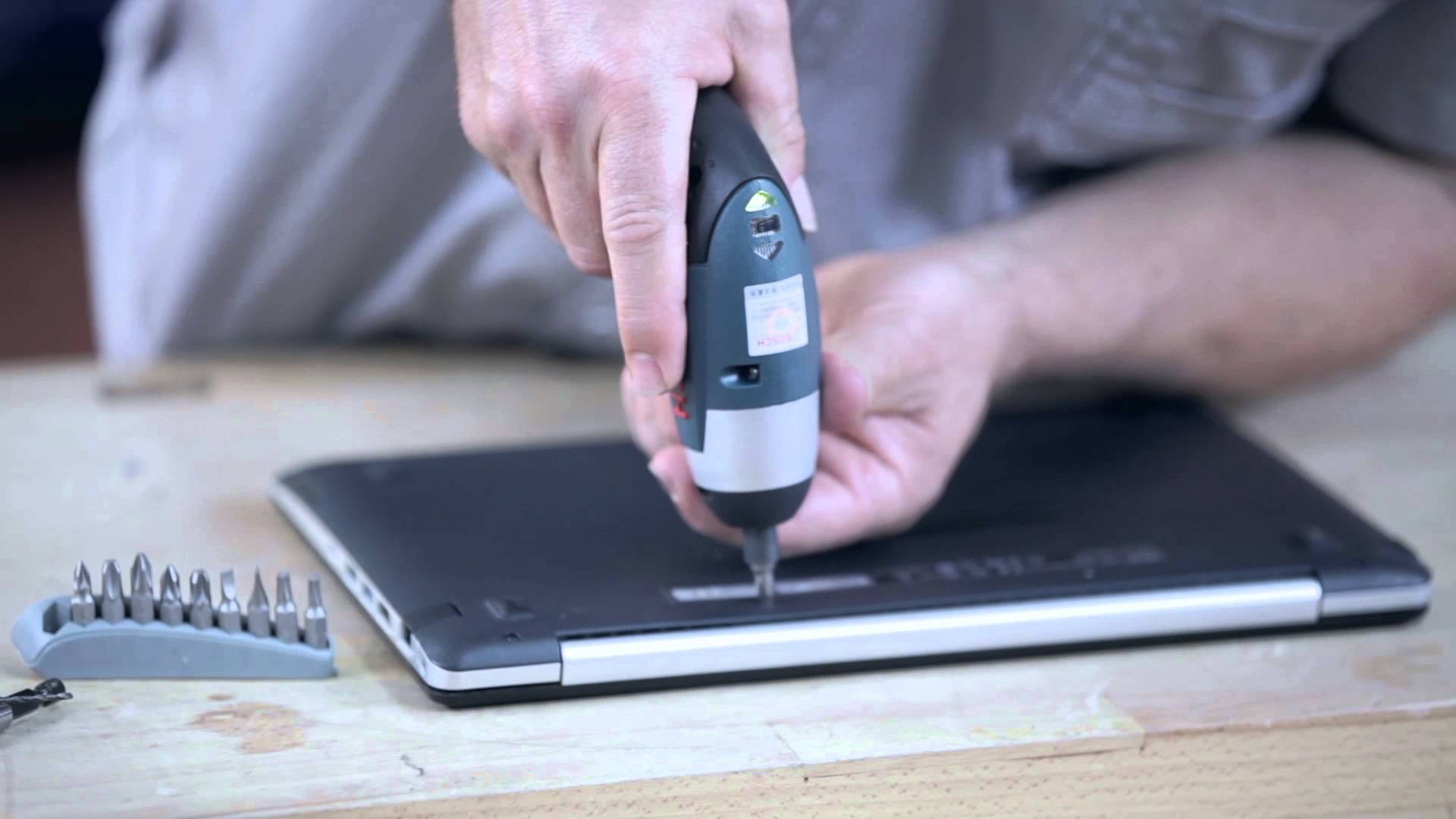 Bosch Mesin Obeng Baterai Ixo 3 6 V Li Biru Daftar Harga Bor Cordless Jual Screwdriver