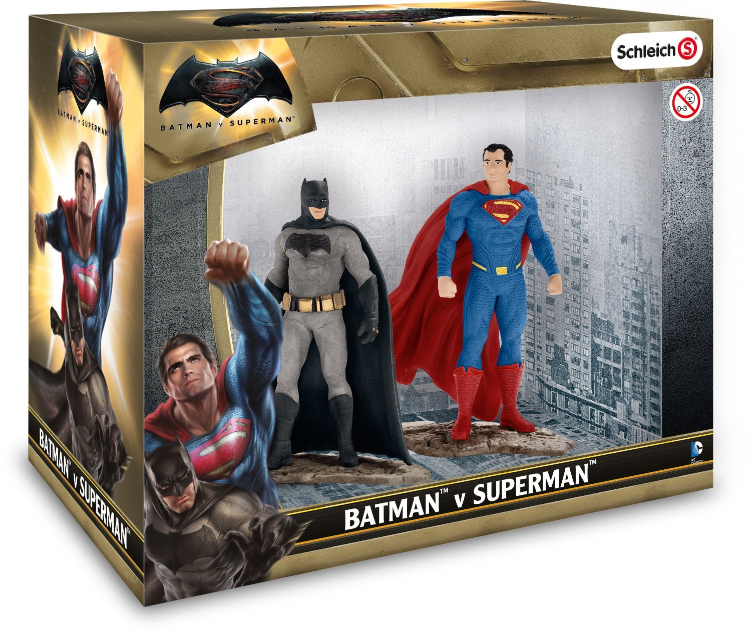 Schleich 22529 Batman vs Superman Scenery Pack